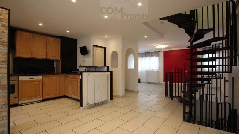 Sale house / villa La queue en brie 303800€ - Picture 1
