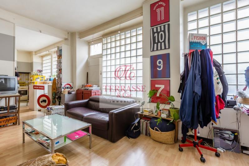 Sale apartment Paris 18ème 310000€ - Picture 2