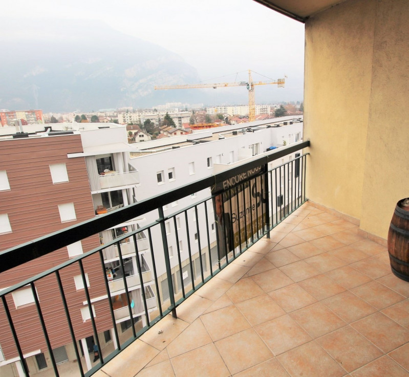 Sale apartment Fontaine 88 000€ - Picture 1
