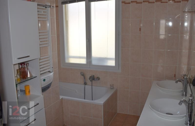 Sale house / villa St genis pouilly 470000€ - Picture 7