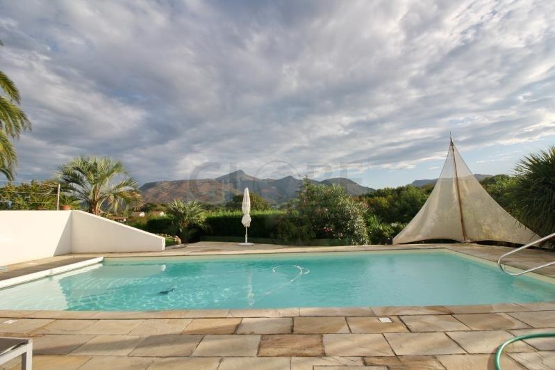Deluxe sale house / villa Urrugne 1280000€ - Picture 2