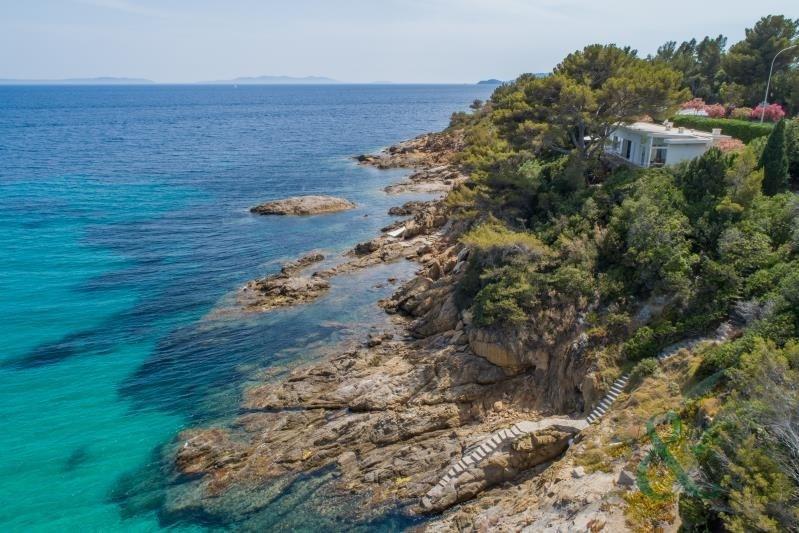 Deluxe sale house / villa Le lavandou 2060000€ - Picture 1