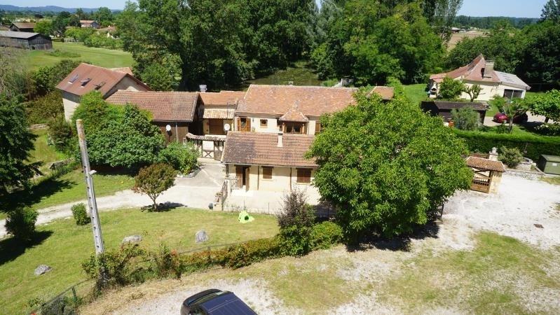 Sale house / villa St pierre d eyraud 328000€ - Picture 2