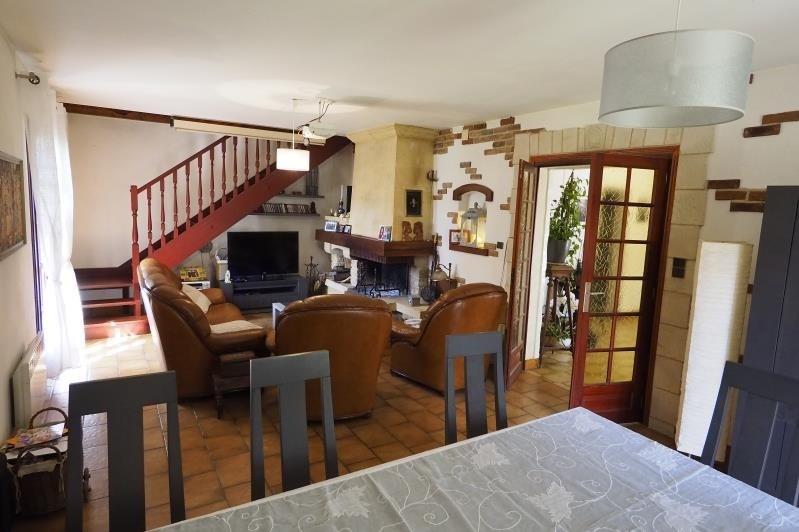 Sale house / villa Cubzac les ponts 299000€ - Picture 3