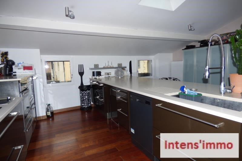 Sale apartment Romans sur isere 249000€ - Picture 1
