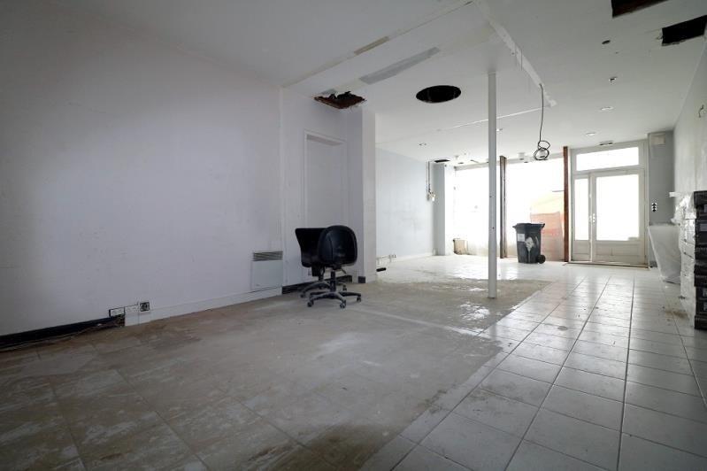 Sale empty room/storage Versailles 399000€ - Picture 2