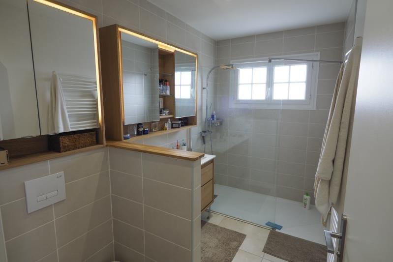Sale house / villa St andre de cubzac 333000€ - Picture 6