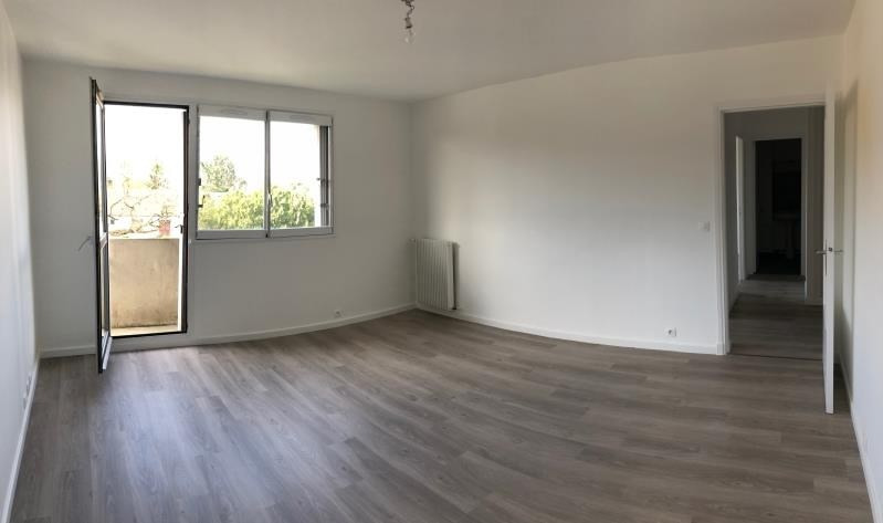 Sale apartment Villejuif 217000€ - Picture 1