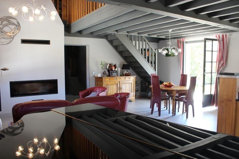 Sale house / villa Belley 550000€ - Picture 2
