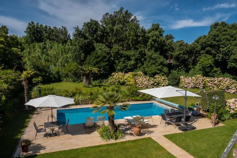Deluxe sale house / villa La londe les maures 890000€ - Picture 2