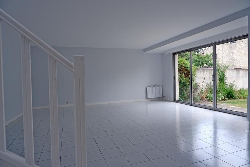 Sale house / villa Le mesnil le roi 780000€ - Picture 3