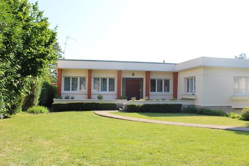 Deluxe sale house / villa Marly-le-roi 940000€ - Picture 1