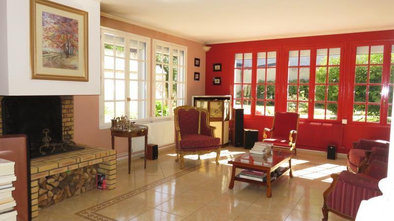 Sale house / villa Blere 361750€ - Picture 2