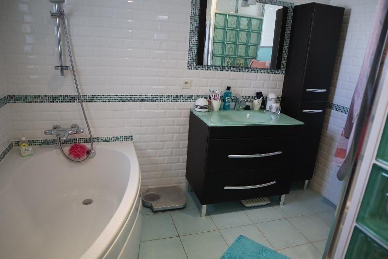 Deluxe sale house / villa Royan 649800€ - Picture 9