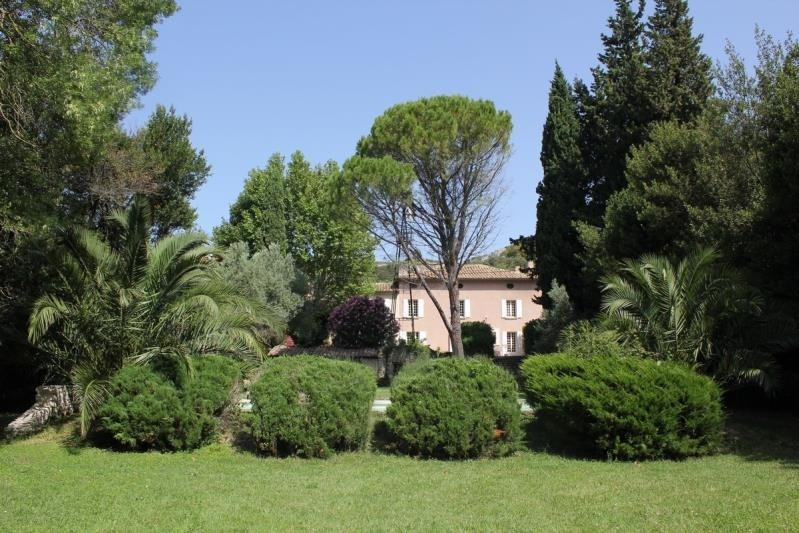 Vente de prestige maison / villa Aramon 740 000€ - Photo 1