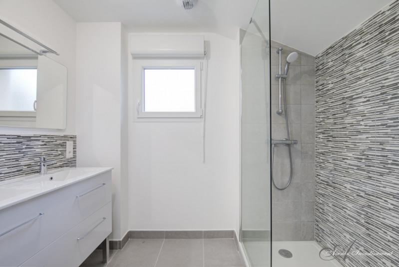 Deluxe sale house / villa Charbonnieres les bains 625000€ - Picture 7