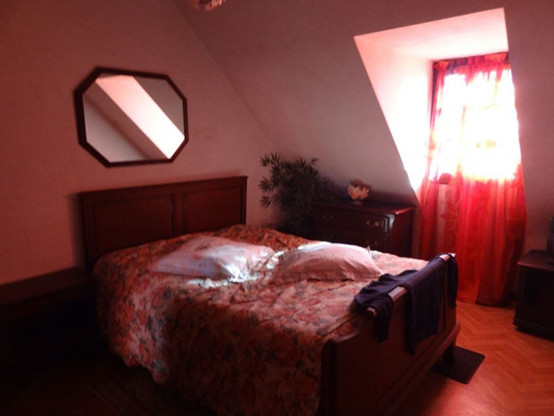 Sale house / villa Mael carhaix 190500€ - Picture 11