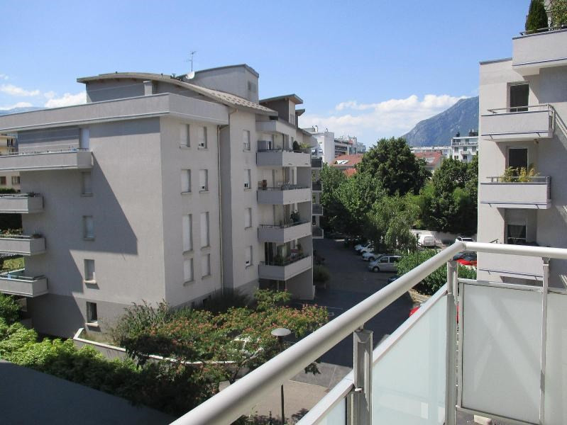 Location appartement Grenoble 665€ CC - Photo 2