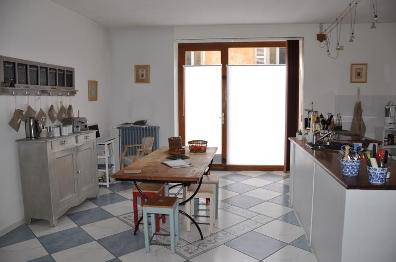 Vente maison / villa Jarnioux 275 000€ - Photo 3