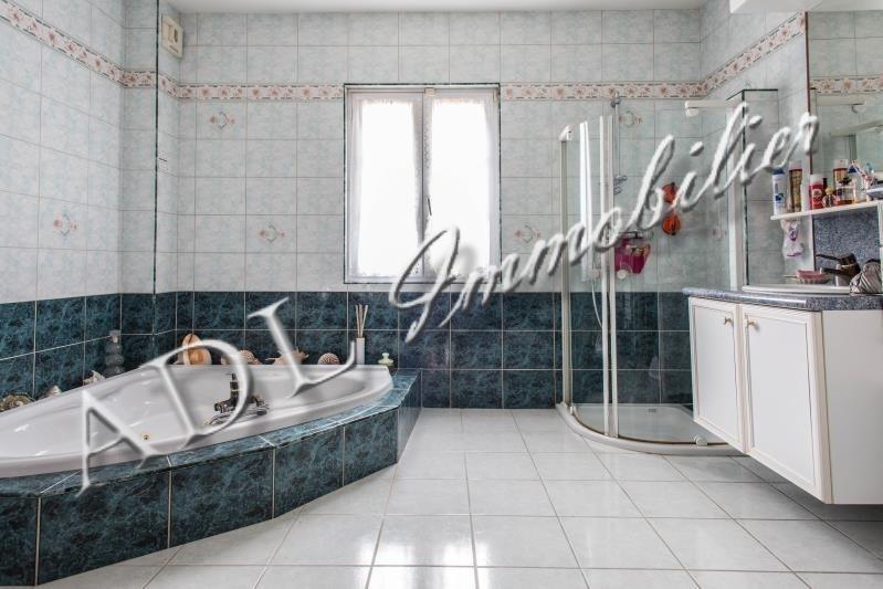 Deluxe sale house / villa Orry la ville 686400€ - Picture 2