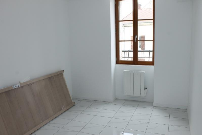 Location appartement Boissy l aillerie 880€ CC - Photo 2