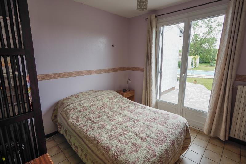 Vente maison / villa St andre de cubzac 305000€ - Photo 10