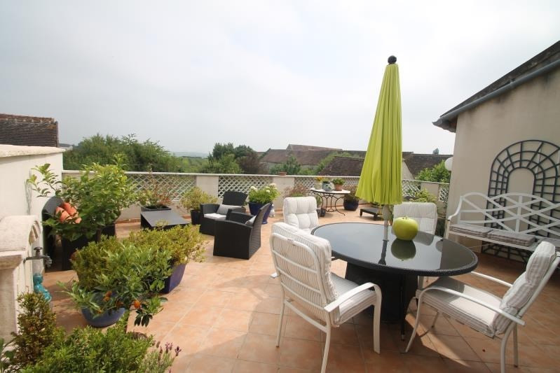 Sale house / villa Machault 580000€ - Picture 2