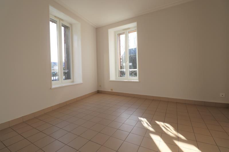 Location appartement Courville sur eure 510€ CC - Photo 1