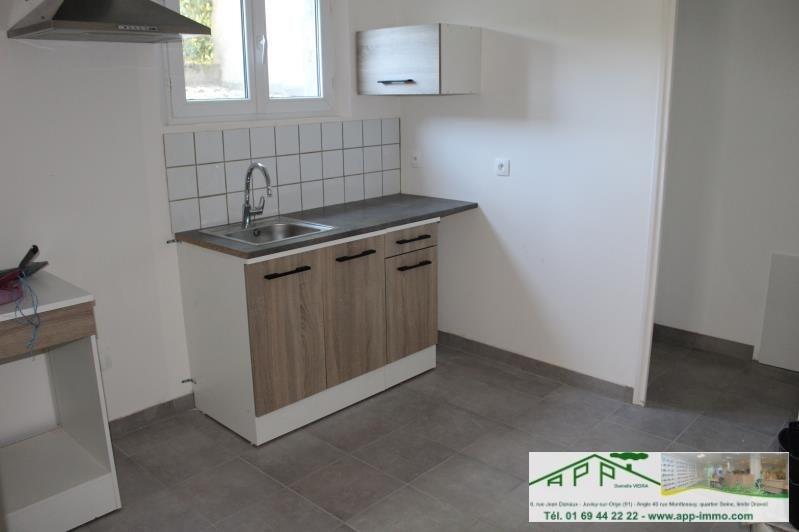 Rental apartment Montgeron 650€ CC - Picture 2