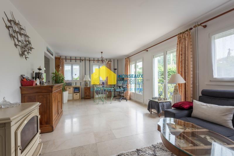 Sale house / villa Ste genevieve des bois 490880€ - Picture 2