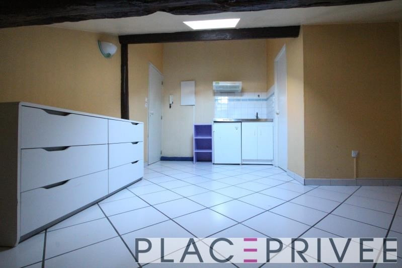 Location appartement Nancy 300€ CC - Photo 1