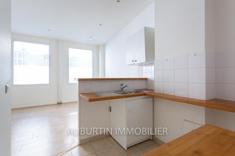 Revenda apartamento Paris 18ème 429000€ - Fotografia 2