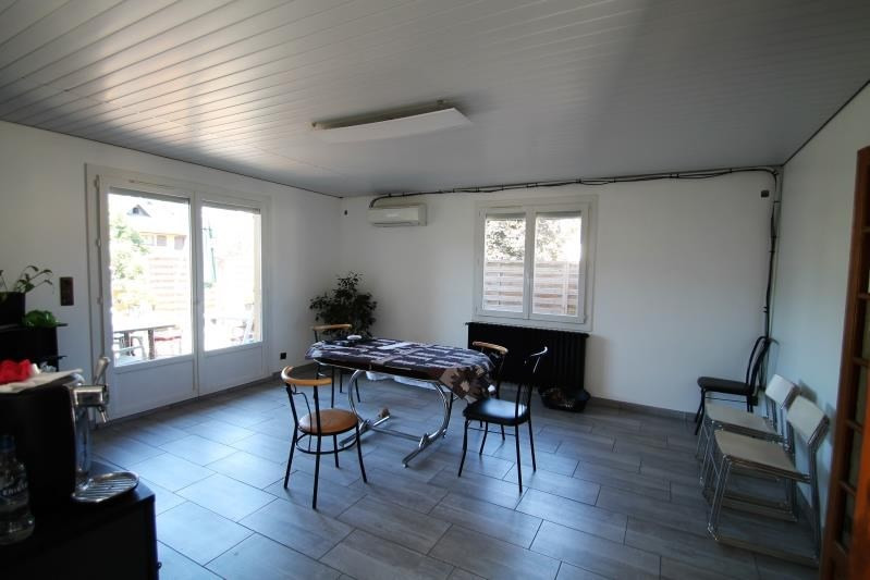 Vente maison / villa La motte servolex 550000€ - Photo 3