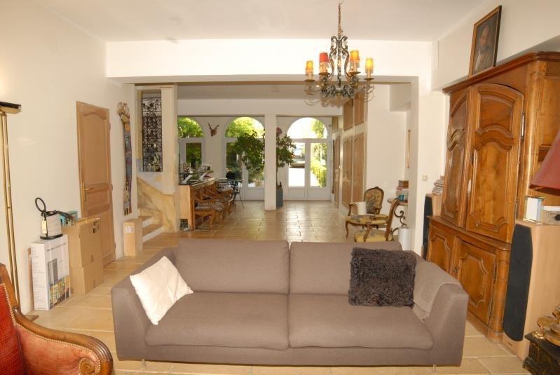 Deluxe sale house / villa Suresnes 1330000€ - Picture 2