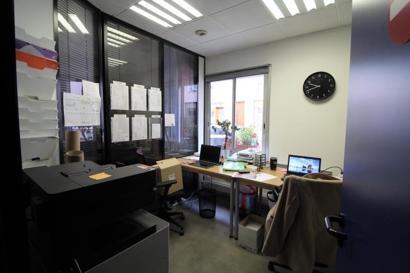 Affitto ufficio Voiron 708€ HT/HC - Fotografia 3