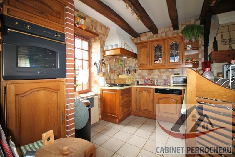 Sale house / villa La chartre sur le loir 176000€ - Picture 4