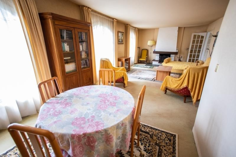 Sale house / villa Pirey 256000€ - Picture 4