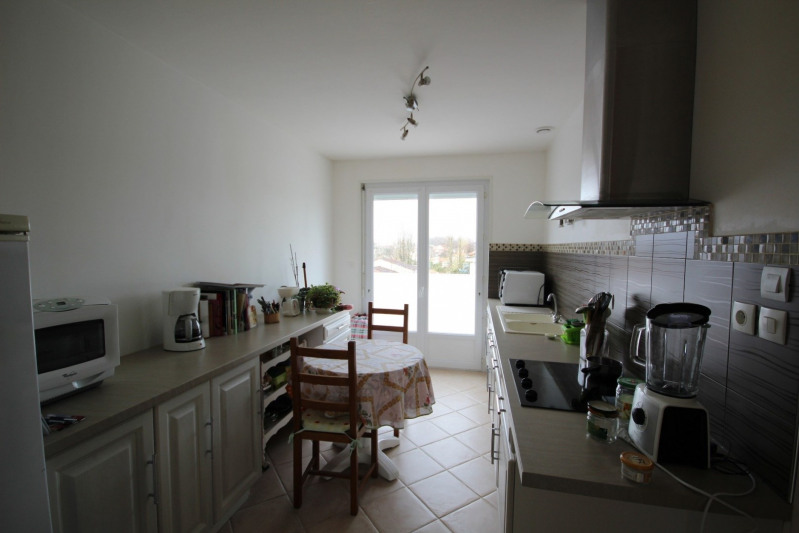 Rental house / villa La roche sur yon 750€ CC - Picture 3