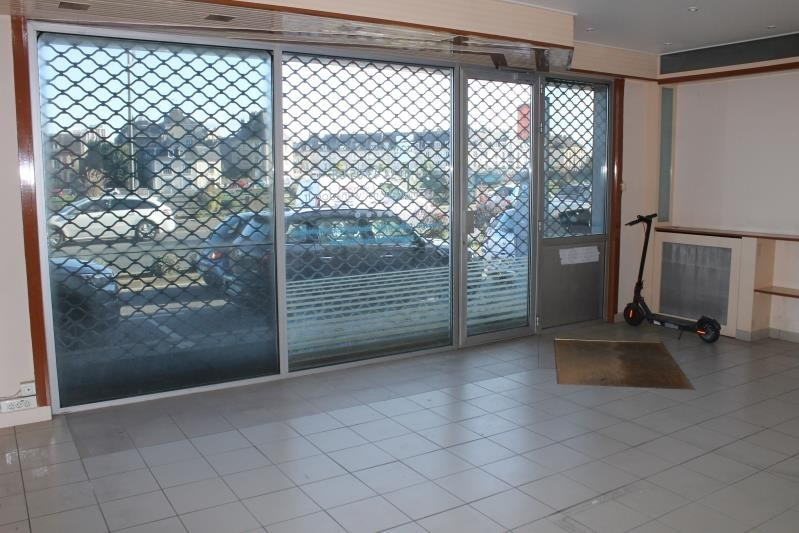 Location local commercial Pontoise 1 700€ HT/HC - Photo 3