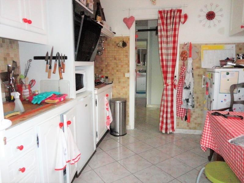 Sale house / villa Saint genis des fontaines 180000€ - Picture 5