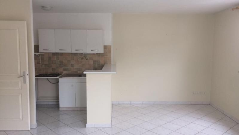 Sale apartment La ferte sous jouarre 117000€ - Picture 2