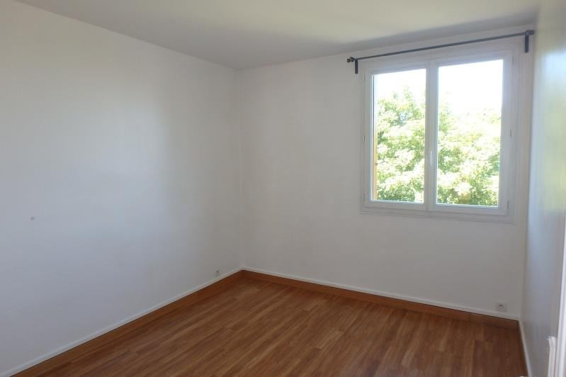 Location appartement Viroflay 990€ CC - Photo 4