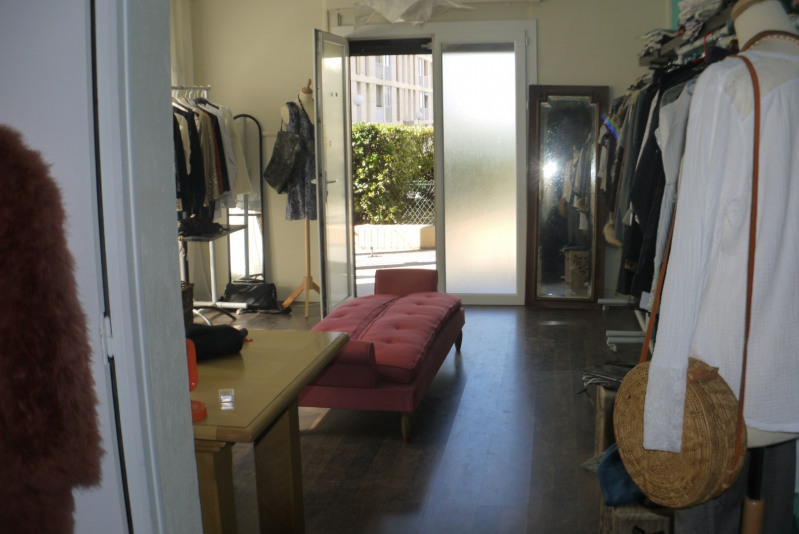 Vente local commercial Marseille 10ème 110 000€ - Photo 1