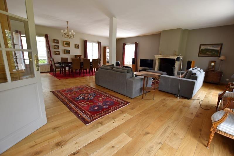 Deluxe sale house / villa Noisy le roi 1375000€ - Picture 2