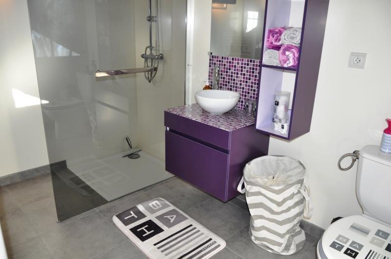 Sale house / villa Clonas sur vareze 330000€ - Picture 6