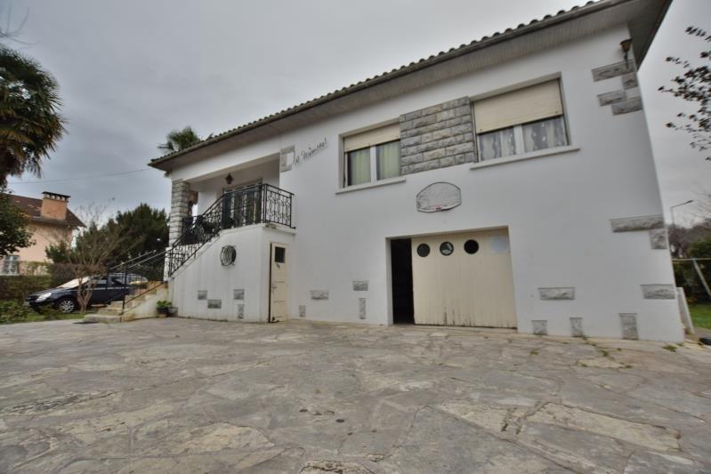 Sale house / villa Pau 208000€ - Picture 1