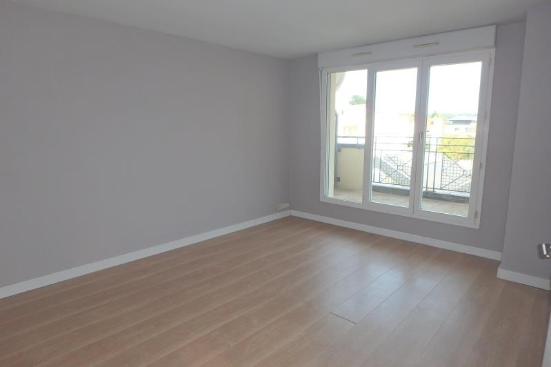 Rental apartment Viroflay 981€ CC - Picture 1