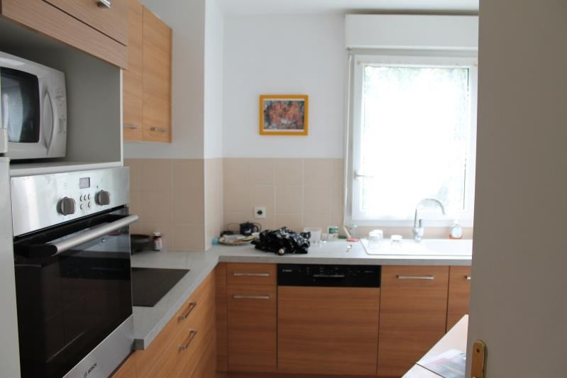 Rental apartment Verrieres le buisson 1 170€ CC - Picture 4