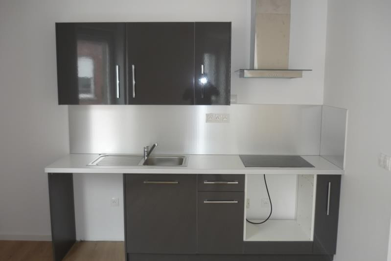 Location appartement Armentieres 650€ CC - Photo 3
