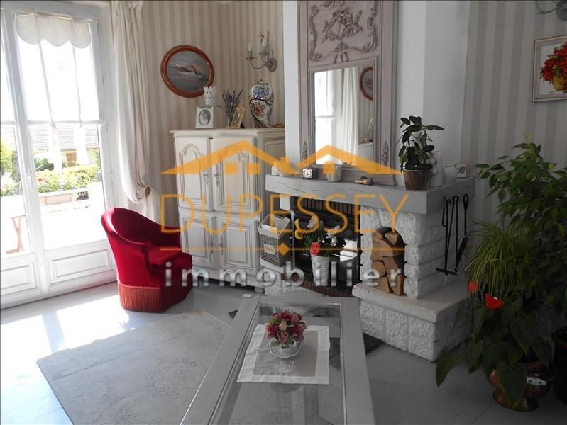 Sale house / villa Le pont de beauvoisin 230 000€ - Picture 6